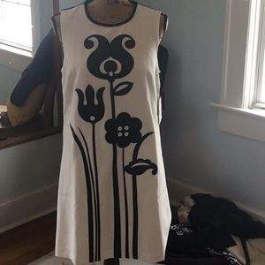 Victoria Beckham shift dress NWT black and white